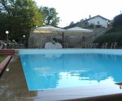 Borgo La Fratta - Una vista della piscina