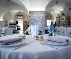 Palazzo Filisio Hotel Regia Restaurant - Il tavolo degli sposi