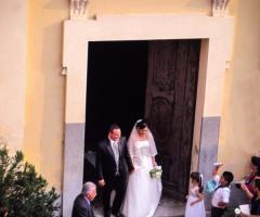 Castello di Cortanze - L'uscita dalla chiesa degli sposi