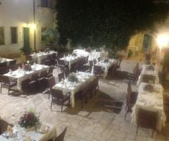 Agriturismo Tredicina - Tavoli all'aperto