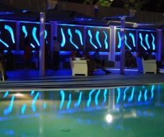 Kora Pool and Beach Events - Illuminazione per il matrimonio