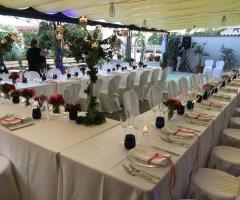 Il giardino di Villa Lina - I tavoli sono pronti