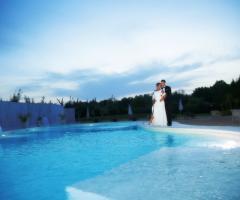 Feudo della Selva - Gli sposi in piscina