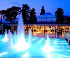 La piscina con giochi d'acqua