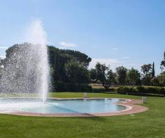 Relais il Santissimo -  il giardino con la piscina