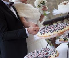 Borgo La Fratta - Taglio della torta nuziale