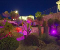 Illuminazione del giardino della villa