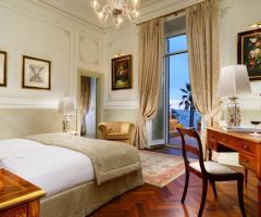 Royal Hotel Sanremo - La camera da letto della suite Sissi