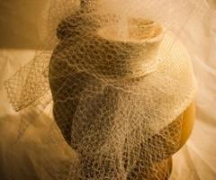 Cappelli per il matrimonio a Bologna - Il Cappello Magico. Cappello con  veletta per le nozze d9d6608c9b44