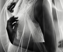 Attimi autentici - L'abito da sposa
