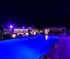 Mama Casa in Campagna - La piscina di notte