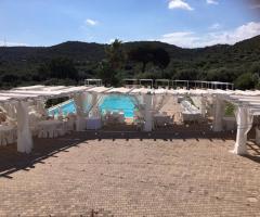 Masseria Santa Teresa -  I tavoli all'aperto