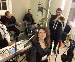Miss Giulia's Musica e Animazione - In concerto al ristorante