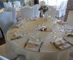 Torre in Pietra - Allestimento ai tavoli