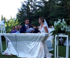 Wedd Happy Story Matrimoni in Puglia - Il rito civile all'aperto