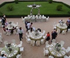 Ricevimento di nozze in giardino