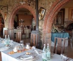 New Antica Rocca Donwivar - Dettagli della sala ristorante