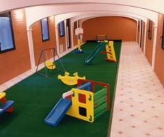 Sala giochi per i bambini durante il matrimonio
