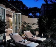 Giardino mediterraneo per il relax degli sposi