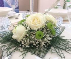 Emozioni Wedding Planner - Centrotavola con rosa bianca