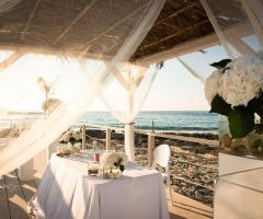 COCO - Beach Club & Eventi di Classe - Cerimonia di matrimonio sulla spiaggia