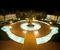 Vista panoramica della piscina della location