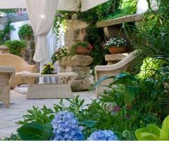 Grotta del Conte - Zona relax della location di nozze
