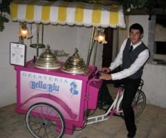 Carretto dei gelati per gli invitati alle nozze