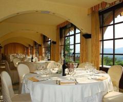 New Antica Rocca Donwivar - La vista dalle vetrate