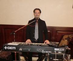 Gruppo Taeda Band per matrimoni - Roberto il pianista-cantante-Dj