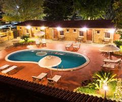Villa Valente - Piscina dall'alto di sera