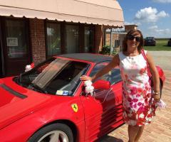 La sposa e la Ferrari