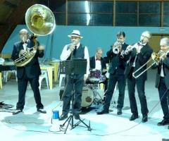 Lello Scazzariello and Swingers & Dixie Band - L'accompagnamento musicale per le feste