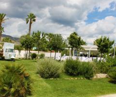 Manfredi Ricevimenti - Il giardino della location