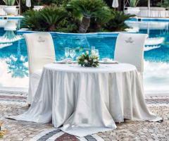 Parco dei Principi Ricevimenti - Il tavolo degli sposi a bordo piscina
