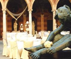 Palazzo Trecchi - Allestimento per il ricevimento di nozze all'esterno