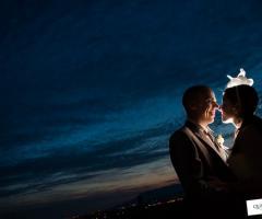 Foto sposi al tramonto - Qualcosa di Blu