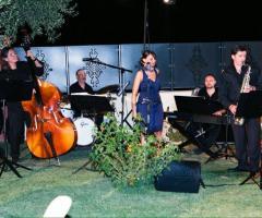 Summertime Trio - All'aperto in giardino