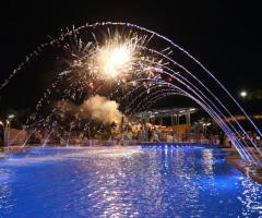 Villa Reale Ricevimenti - L'Oasi di Cupido con i fuochi d'artificio