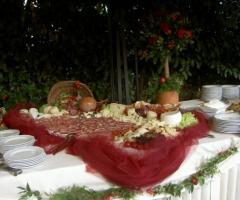 Ricevimento di matrimonio in giardino