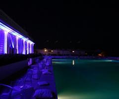 Castello Miramare - Piscina illuminata per il matrimonio serale