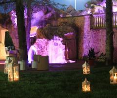 Illuminazione con lanterne del matrimonio