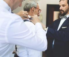 Francesco Caroli - il papà dello sposo si prepara