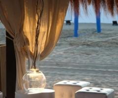 Castello Miramare - Allestimento del matrimonio sulla spiaggia