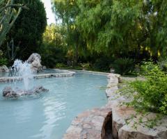 Villa Menelao - Piscina con fontana