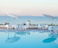 Kora Pool and Beach Events - Ricevimento di matrimonio a bordo piscina a Napoli