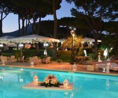 Royal Vesuvio - Luci e atmosfere  a bordo piscina