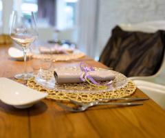 Mama Casa in Campagna - Allestimento dei tavoli