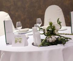 Murgia Garden Ricevimenti - Il tavolo degli sposi