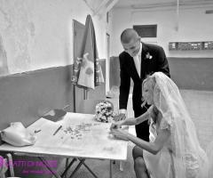 Foto in bianco e nero degli sposi